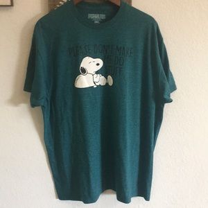 Graphic Peanuts Snoopy Tee